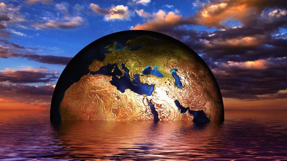Bola del mundo hundiéndose