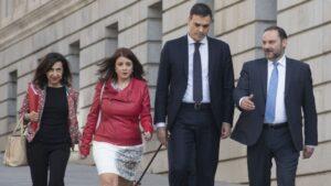 Pedro Sánchez, Margarita Robles, Adriana Lastra y José Luis Ábalos