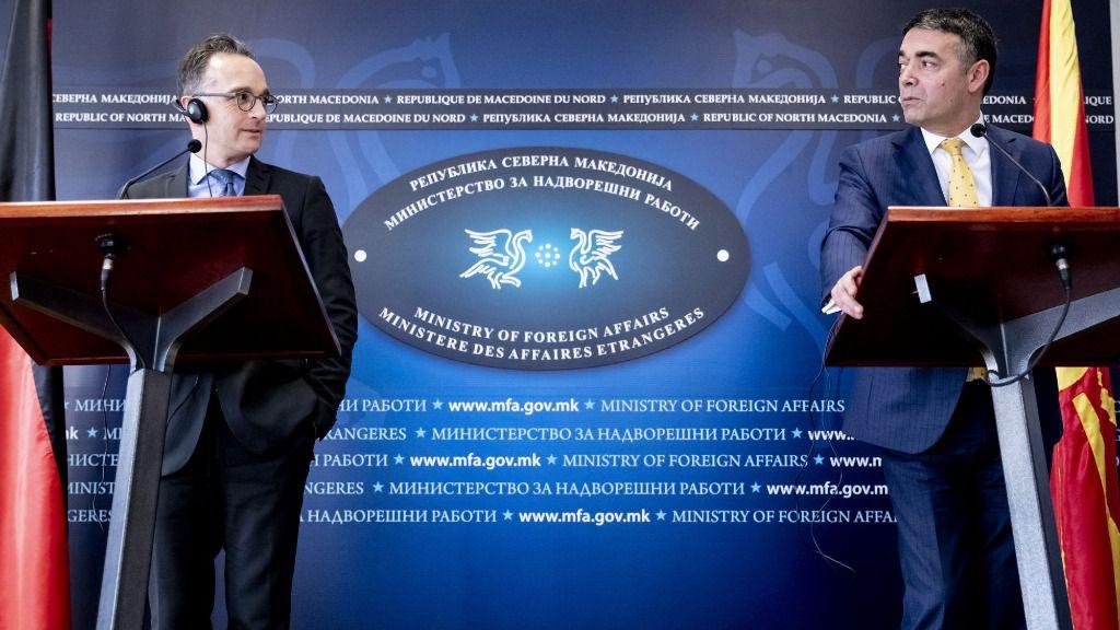 El ministro alemán de Relaciones Exteriores, Heiko Maas, en rueda de prensa con su homólogo normacedonio, Nikola Dimitrov
