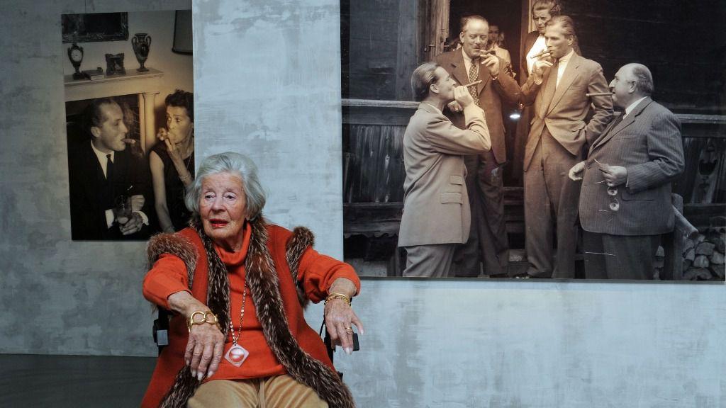 La princesa Marianne Sayn-Wittgenstein-Sayn, fotógrafa de nobles y estrellas, visita la muestra que la galería Kronsbein de Múnich, Alemania, presenta con la obra de la artista que cumple los 100 años el 9 de diciembre