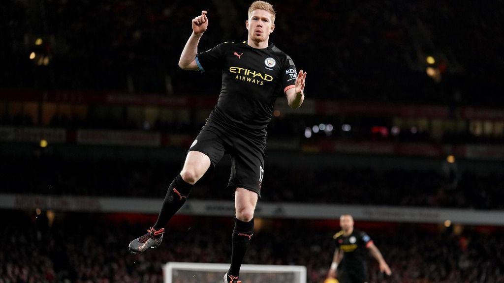 Kevin De Bruyne celebra un gol con el Manchester City.