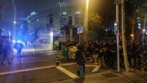 ncidentes con manifestantes de Tsunami Democràtic en la zona del Camp Nou durante la celebración del Clásico, el 18 de diciembre de 2019