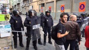 Irrupción de la Policía Nacional en el INS de Tarragona el 1-O