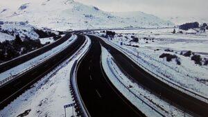 Carreteras en la nevada.