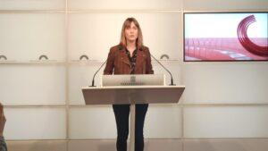 Jéssica Albiach (comuns) en rueda de prensa en el Parlament