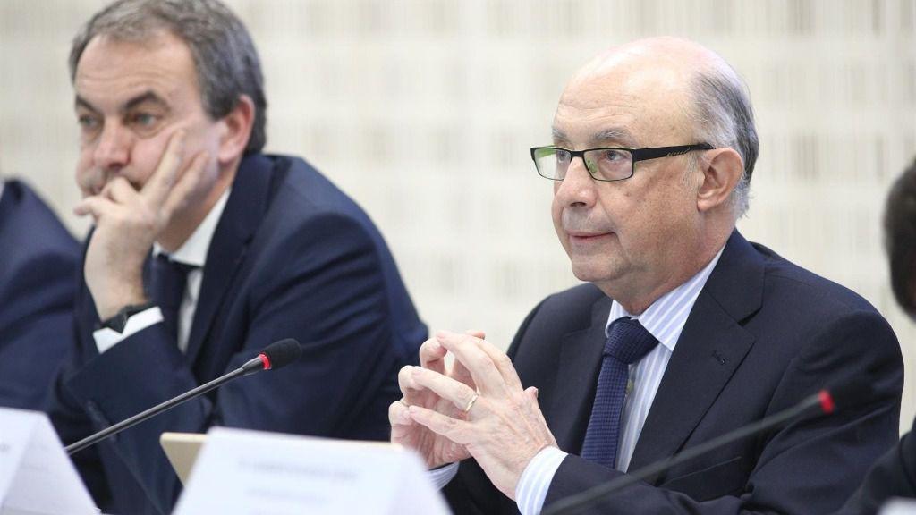Cristóbal Montoro y José Luis Rodríguez Zapatero en unas jornadas económicas