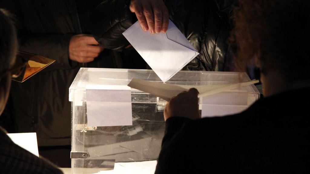 Elecciones en Cataluña voto votar