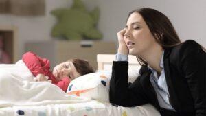 La llegada de un bebé a casa altera el sueño en los padres