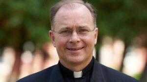 El padre John Connor, nuevo director general de los Legionarios de Cristo