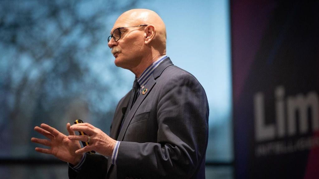 El consejero delegado de la organización de operadores móviles y compañías relacionadas, GSMA (Asociación GSM), John Hoffman