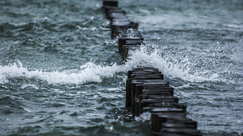 Mar agua costa