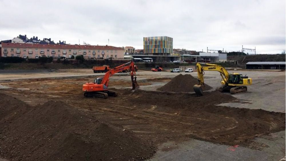Comienzo de la construcción de la nueva nave de estampación de Nissan en Ávila