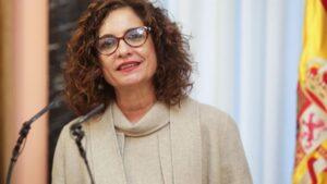 La nueva portavoz del Gobierno y ministra de Hacienda, María Jesús Montero