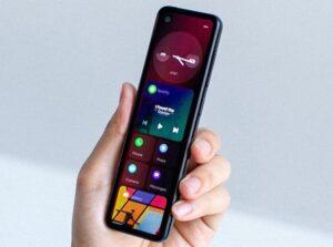 dispositivo de Essential con pantalla alargada Project GEM