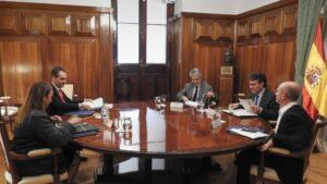 El secretario general de Agricultura y Alimentación, Fernando Miranda, se reúne con representantes de Mercadona