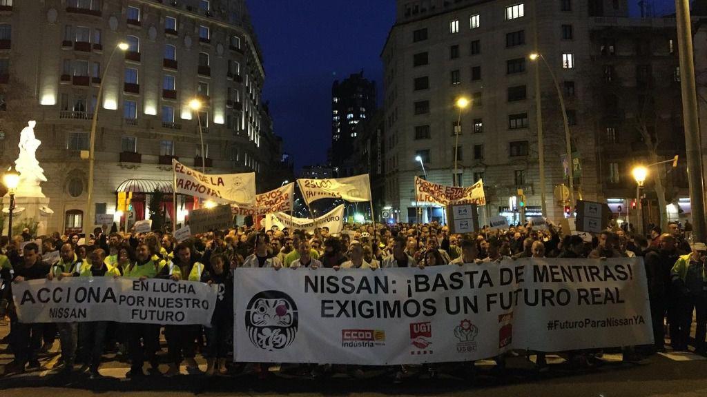 Unos 1.300 trabajadores de Nissan se concentran en Barcelona para exigir un plan industrial
