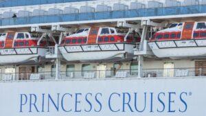 Los pasajeros del crucero 'Diamond Princess' comienzan a desembarcar este miércoles en Japón