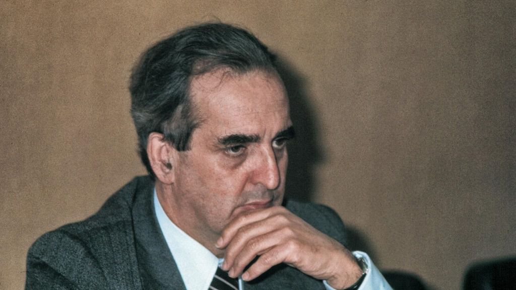 El exministro socialista de Asuntos Exteriores Fernando Morán en una imagen de 1998