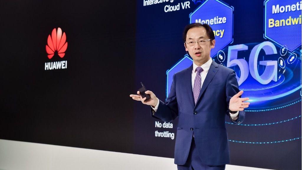 Ryan Ding, presidente de unidad de negocio de Carrier de Huawei, en un evento de la empresa en Londres