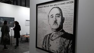 La obra 'Franco no fue tan malo como dicen' que se expone en la 39 edición de ArcoMadrid