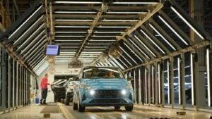 Imagen de la producción del i10 de Hyundai. Fábrica de coches. Recurso de ensamblaje de vehículos