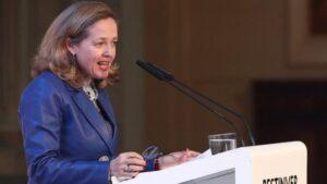 La vicepresidenta Tercera, ministra de Asuntos Económicos y Transformación Digital, Nadia Calviño, durante su intervención en la inaguración del Encuentro Informativo: II Observatorio del Ahorro y la Inversión en España organizado por Bestinver y el IESE