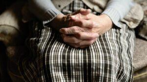 Pensiones jubilados persona mayor