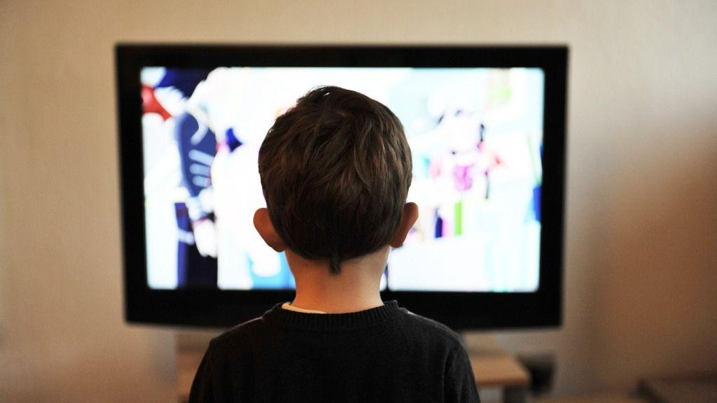 Television nino tv infancia