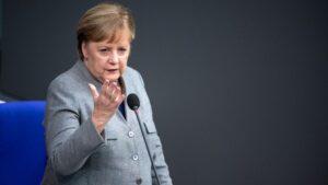 La canciller alemana, Angela Merkel, durante su intervención en el Bundestag