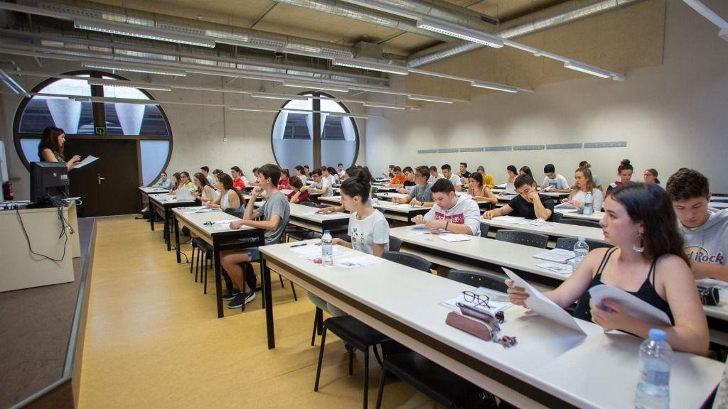 Examen de Selectividad en la Universidad Pública de Navarra