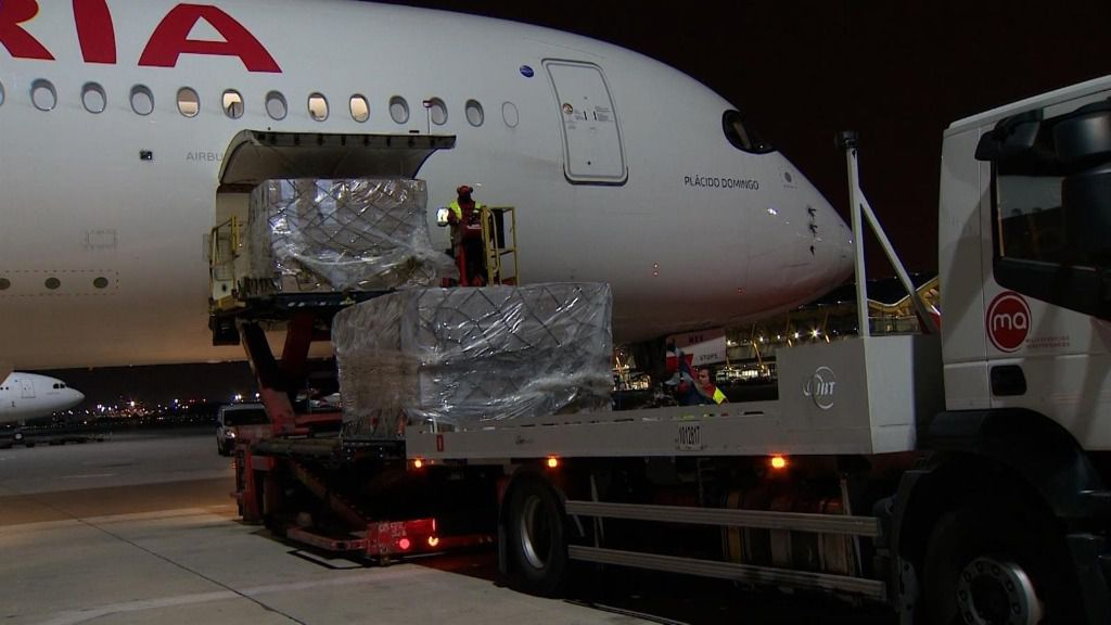 Vuelo de Iberia con 20 toneladas de productos sanitarios del corredor aéreo con China