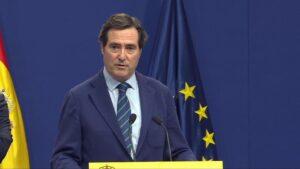 El presidente de CEOE, Antonio Garamendi, tras la firma del acuerdo para la subida del SMI