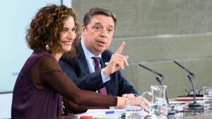 María Jesús Montero y Luis Planas