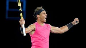 Rafa Nadal celebra su victoria ante Nick Kyrgios en los octavos de final del Abierto de Australia