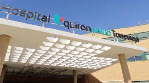 Acceso principal del Hospital Quirónsalud Torrevieja