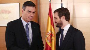 Reunión del jefe del Ejecutivo en funciones, Pedro Sánchez, y el líder del PP, Pablo Casado