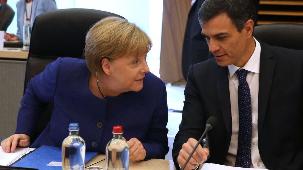 Pedro Sánchez y Angela Merkel.