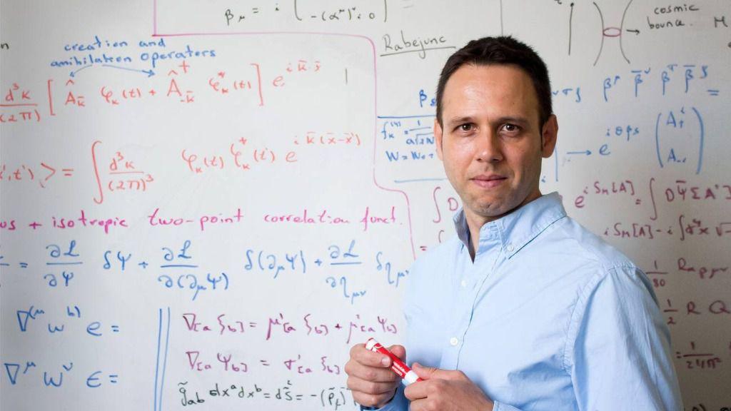El profesor Iván Agulló desarrolla su labor docente e investigadora en el departamento de Física y Astronomía de la Universidad Estatal de Luisiana (EE UU)