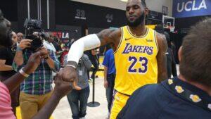 El jugador de Los Angeles Lakers LeBron James