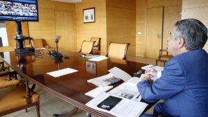Revilla en conferencia telemática con presidente del Gobierno y de las CCAA
