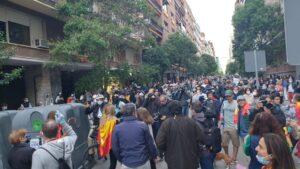 Decenas de personas se congregaron en Madrid en la zona de Núñez de Balboa el miércoles 13 de mayo