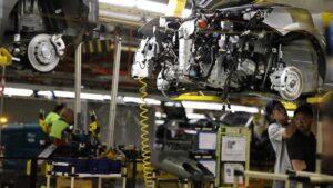 Imagen de una fábrica automovilística