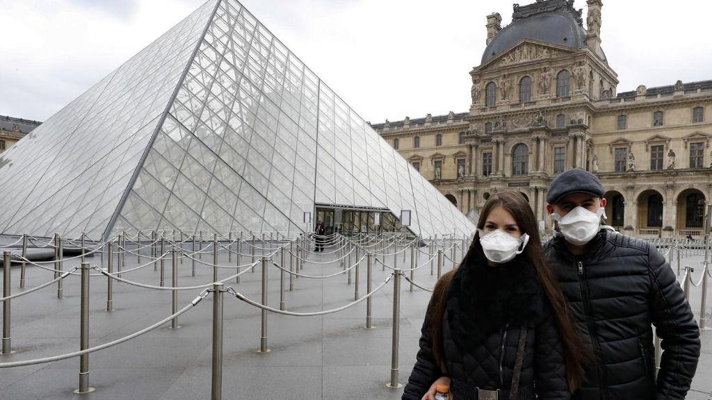Paris cerrada por el coronavirus