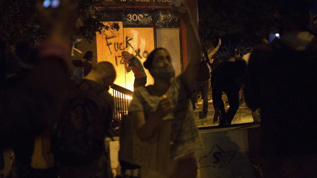 Disturbios en Mineápolis