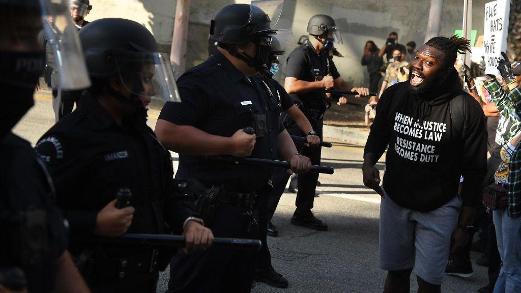 Protestas por la muerte de George Floyd en Los Ángeles