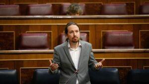 El vicepresidente segundo del Gobierno y ministro de Derechos Sociales y Agenda 2030, Pablo Iglesias, responde a la pregunta de Teodoro García Egea, del G.P. Popular, durante la Sesión de Control.