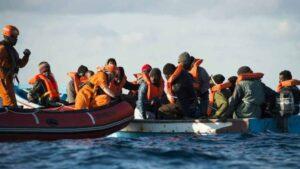 Imagen de archivo de rescate de migrantes en el Mediterráneo.