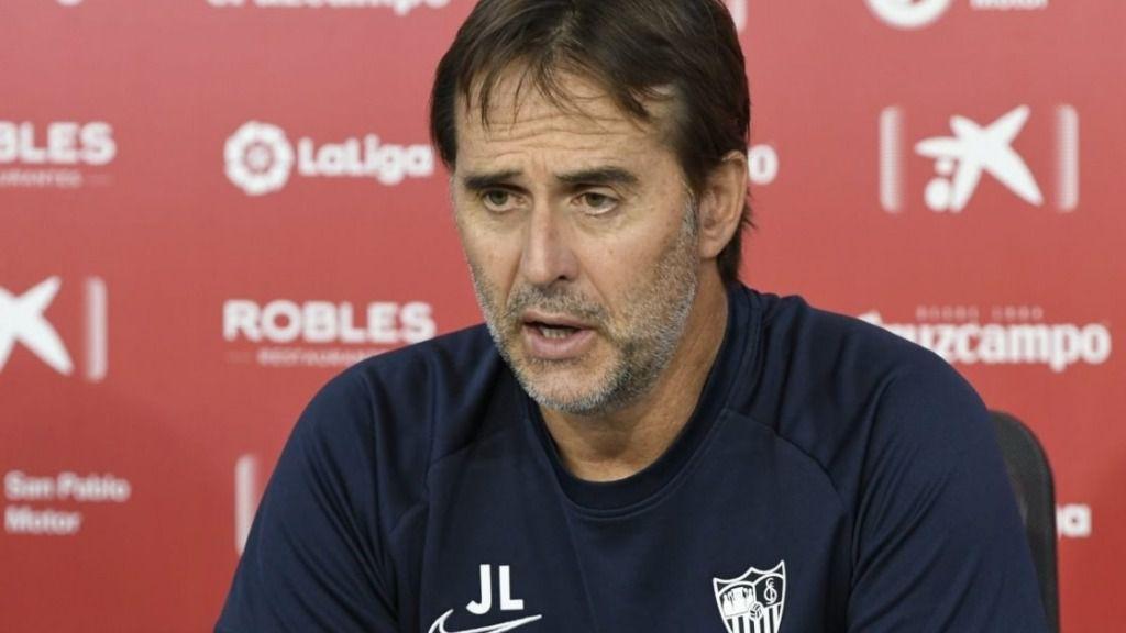 El entrenador del Sevilla FC, Julen Lopetegui, en rueda de prensa