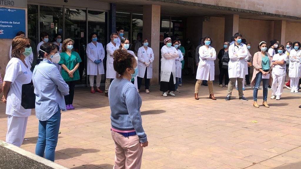 Parón en un centro de salud en repulsa de las presuntas agresiones a dos sanitarios en Ausejo