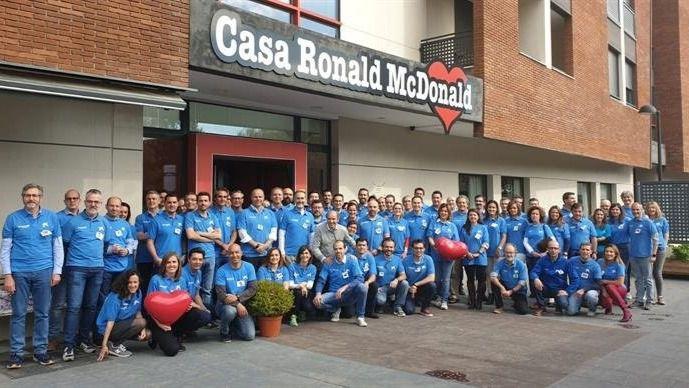 La Fundación 'la Caixa' y CaixaBank colaboran por octavo año consecutivo con la Fundación Ronald McDonald